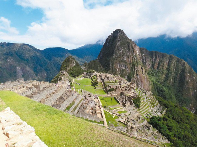 前往南美洲祕魯必去的馬丘比丘。