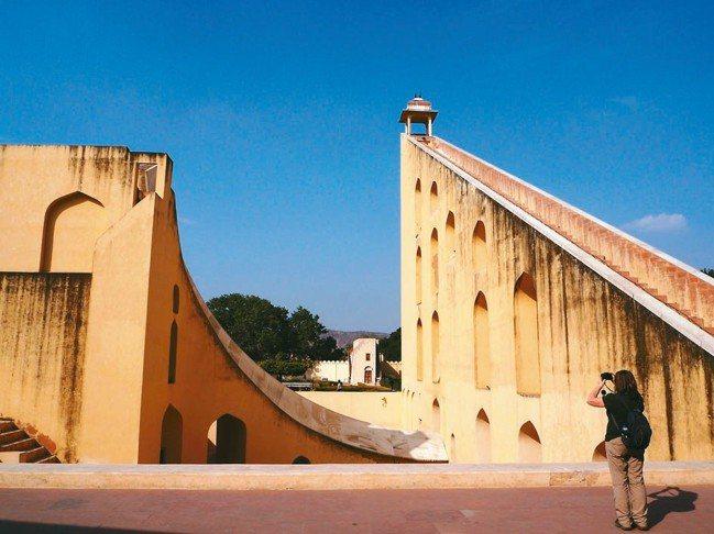 「簡塔.曼塔」是印度天文學的極致結晶。