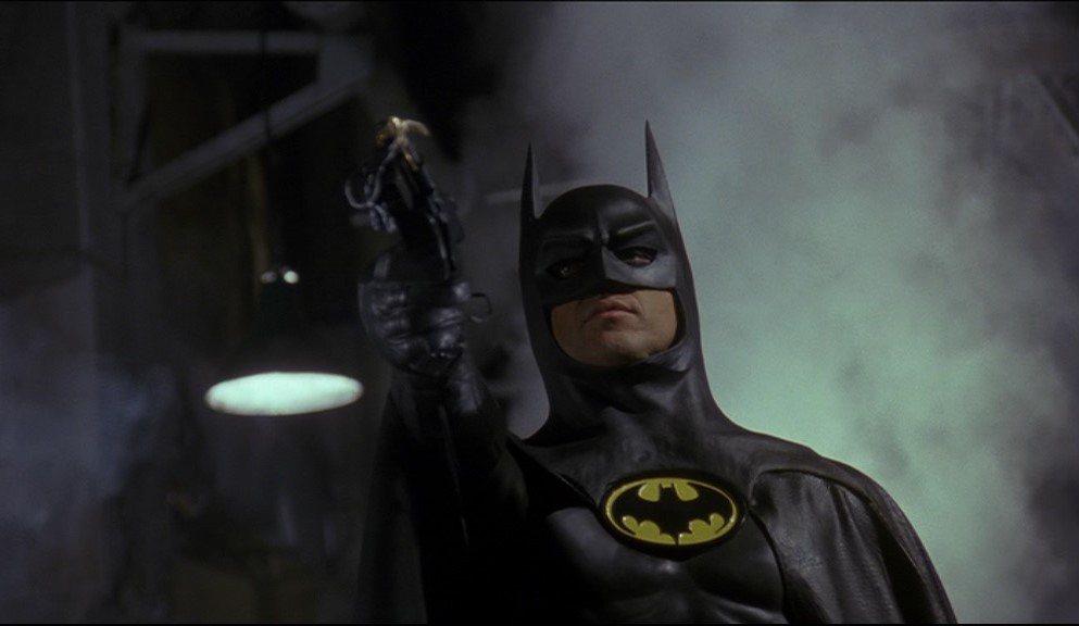 米高基頓在1989年「蝙蝠俠」(Batman)及1992年續集「蝙蝠俠-大顯神威