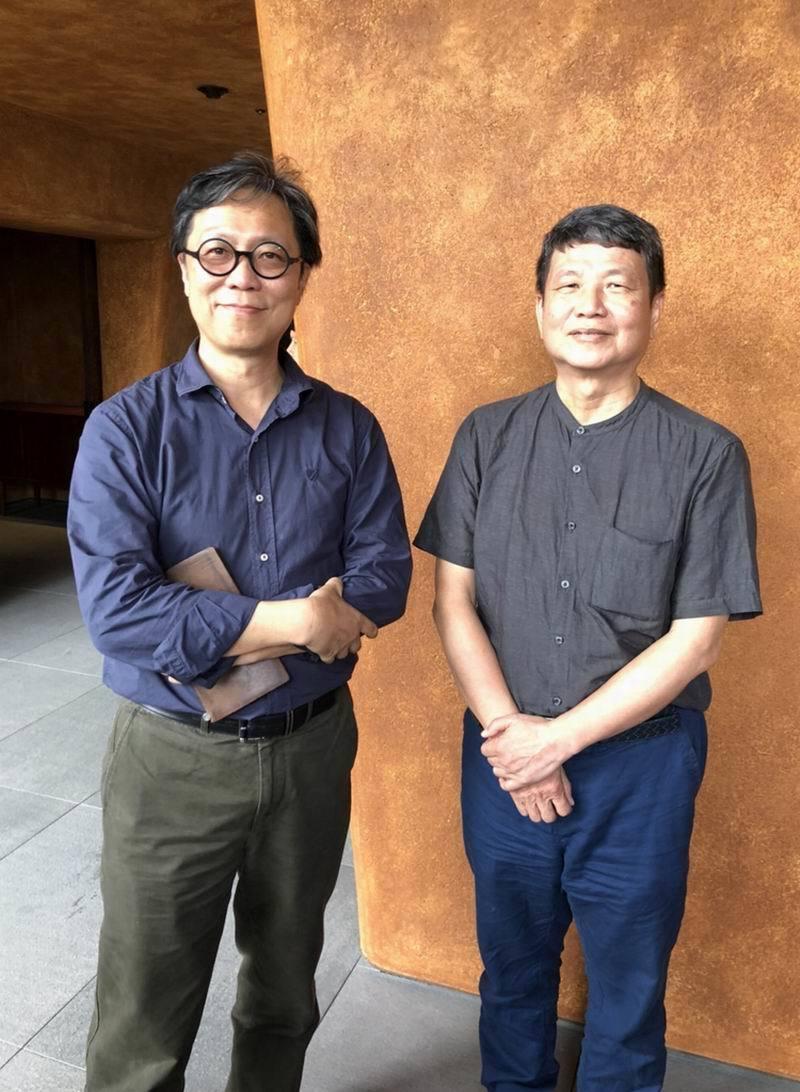 半畝塘建設創辦人江文淵建築師(左)與總經理張偉哲。 半畝塘/提供