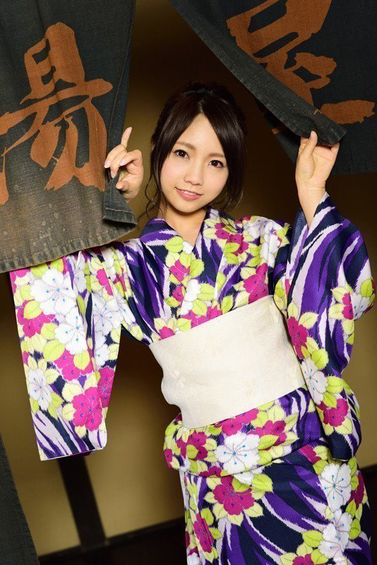 私下的戶田完全就是美少女。 圖片來源/ dmm