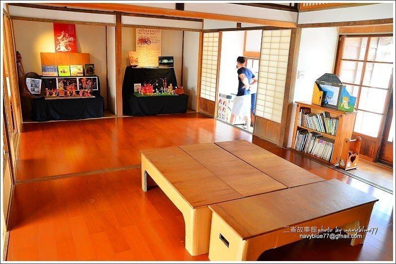 ↑木構建築內作為展示室。