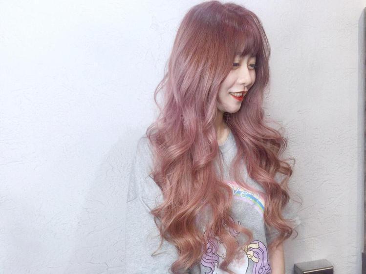 髮型創作/Wawa Wu 。圖/StyleMap提供