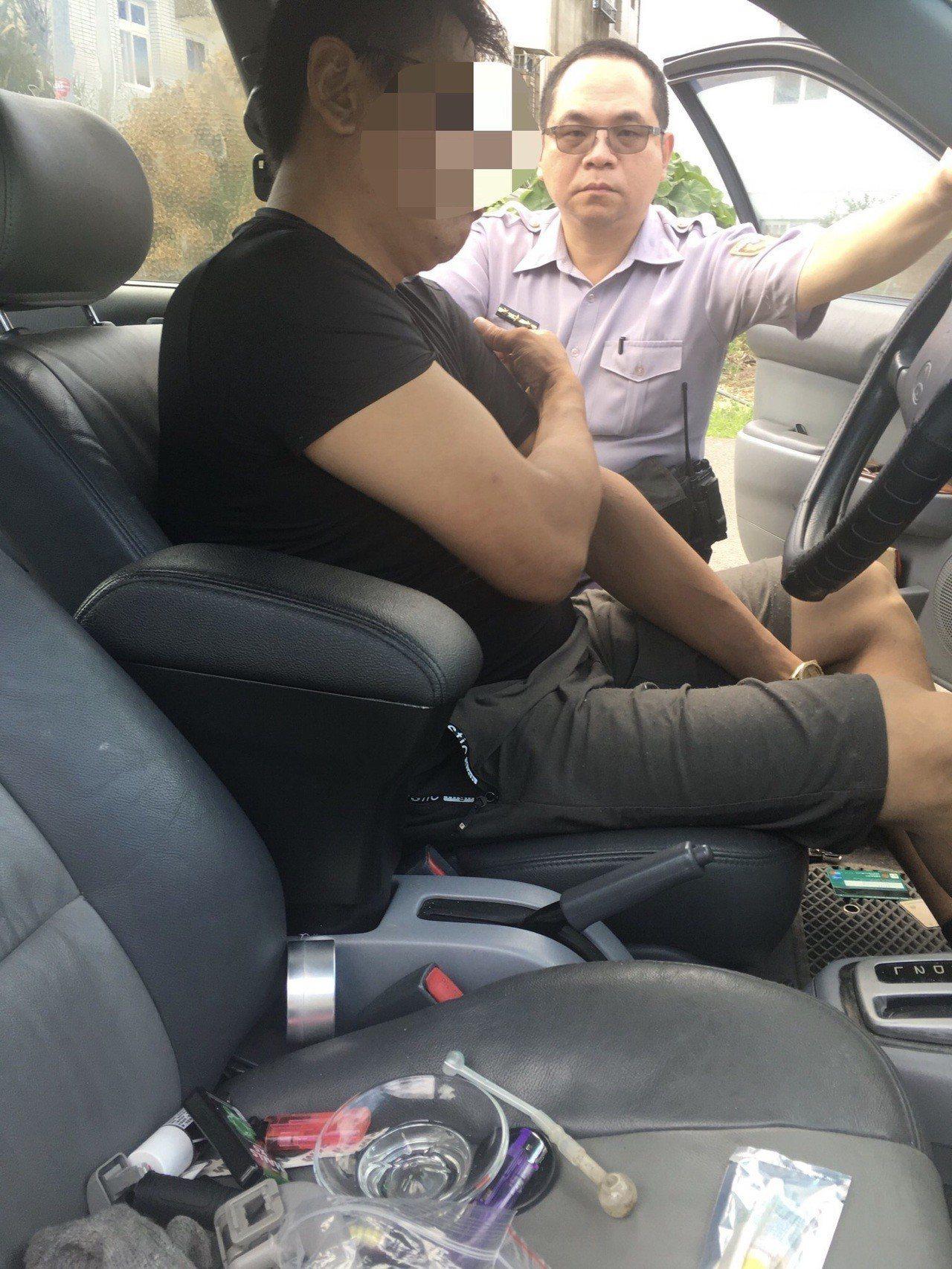 黃姓男子涉嫌多起汽機車財物竊案被警方查獲。圖/記者胡蓬生翻攝