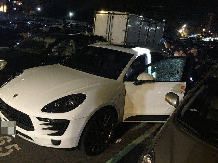 新北市土城區角頭黃義倫遭人從車窗近距離連開10槍,當場身亡。本報資料照片