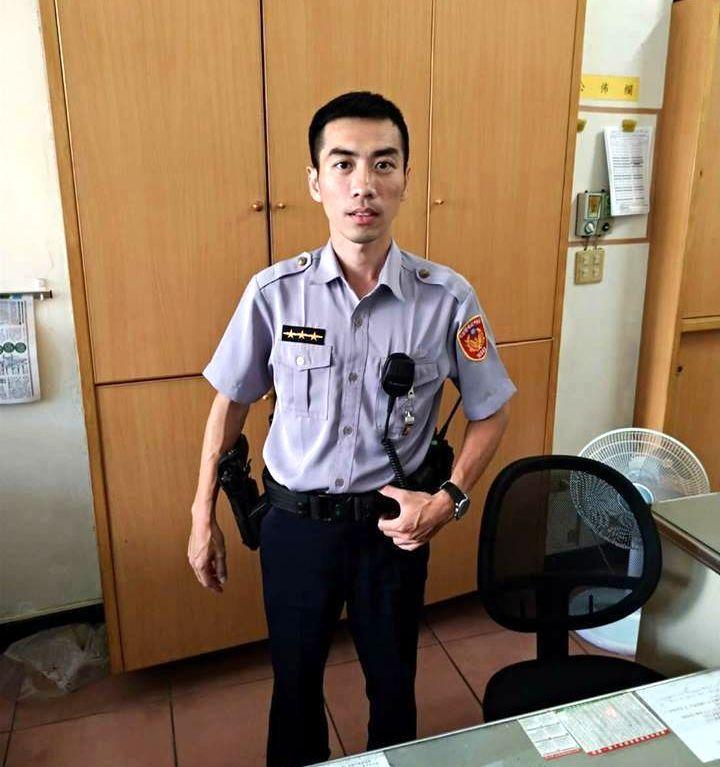 曾是海軍陸戰隊連長薛田明轉戰警職,濟弱扶傾的心不變。記者邵心杰/翻攝