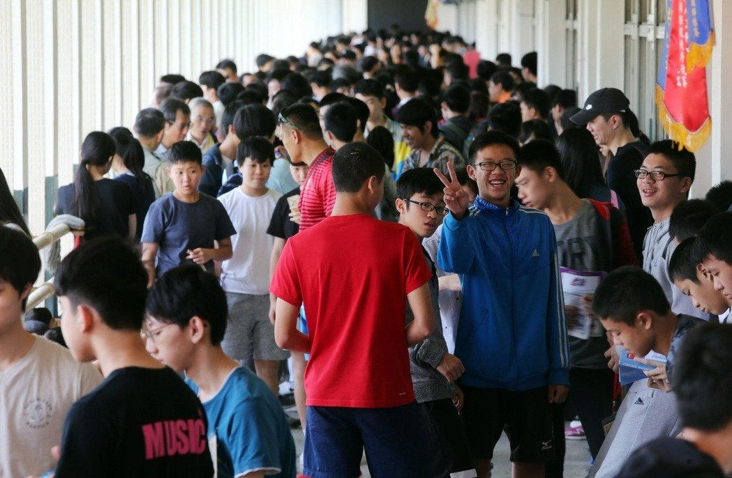 國中會考明後天登場,23萬多名考生應試。本報資料照