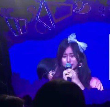 TWICE從18日起在首爾舉行會「TWICELAND ZONE 2:Fantasy Park」年度巡演,連3天共1.8萬張票券全部售罄。今天最終場演出落幕,9名成員在向粉絲致謝時多哭成淚人兒,台灣成...
