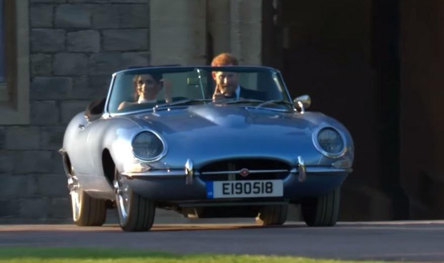特別為哈利王子新婚訂製的E190518車牌。 摘自Guardian News影片