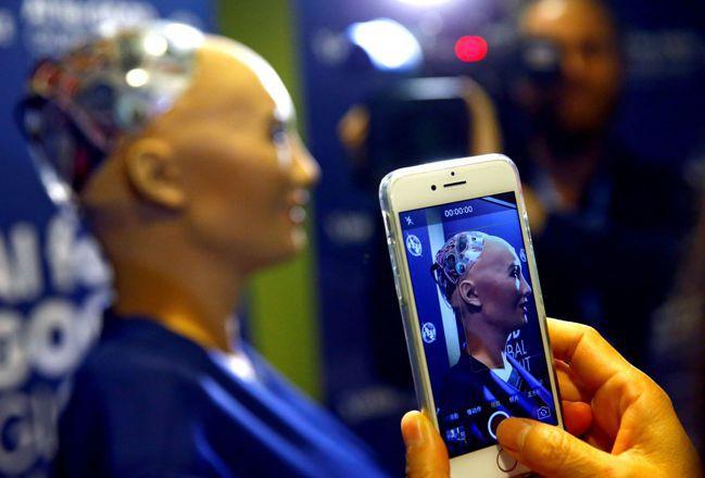 第一金投信指出,AI人工智慧是當前產業發展大趨勢,預估未來5年將以35%的年複合...