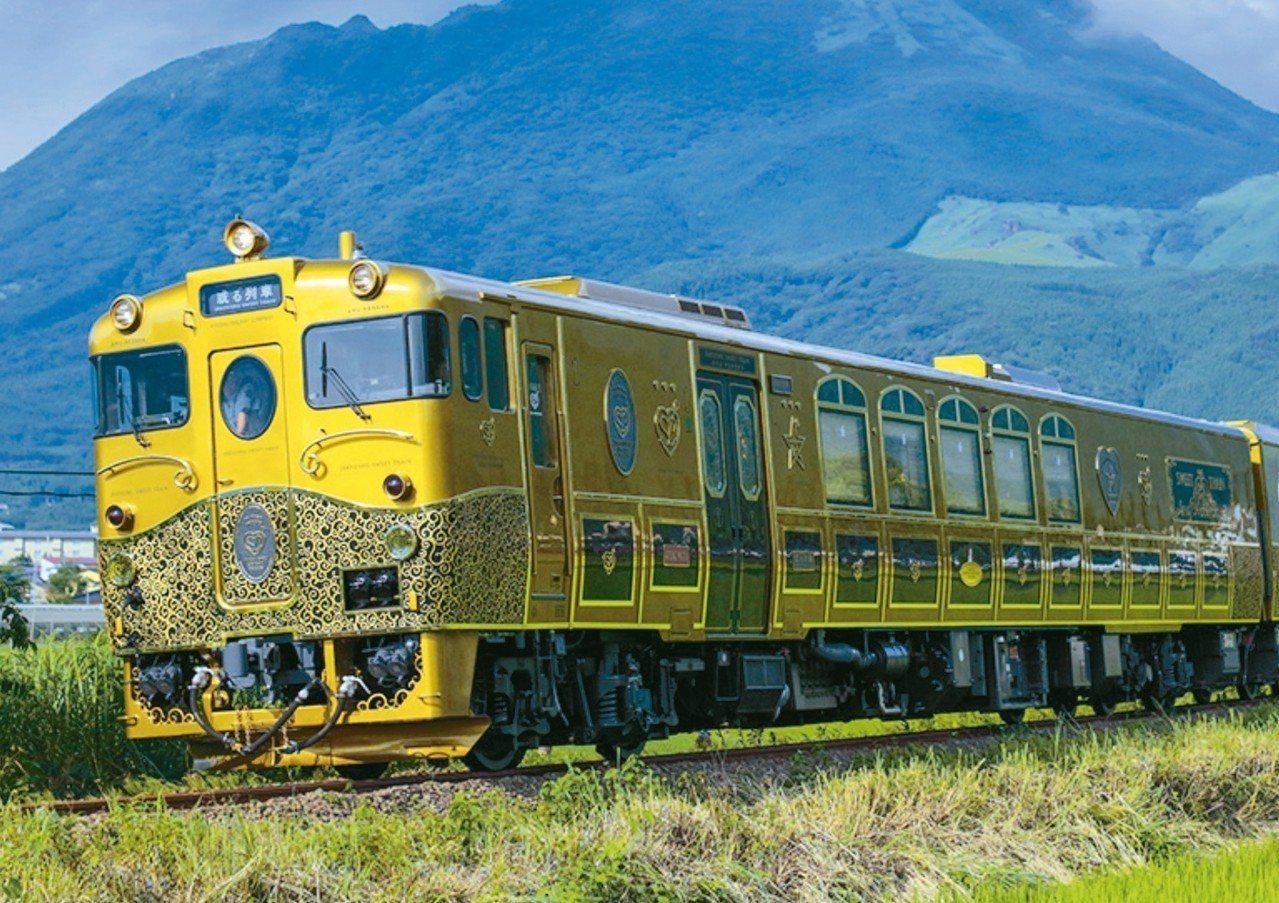 行駛於長崎至佐世保區間夢幻甜點列車「ARU列車」。 圖/摘自JR九州官網