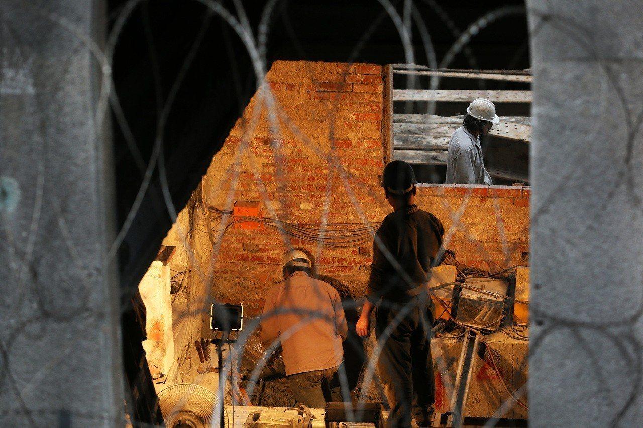勞工。聯合報系資料照/陳柏亨攝影