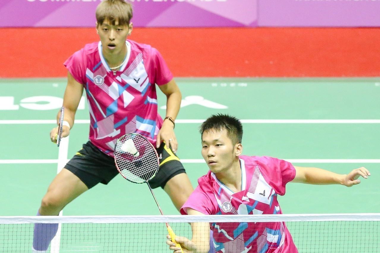 李洋(左)、李哲輝(右)。 報系資料照