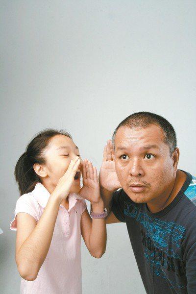 有國外調查研究顯示,有聽力障礙者,未來罹患失智的風險較一般人高。 圖/聯合報系資...