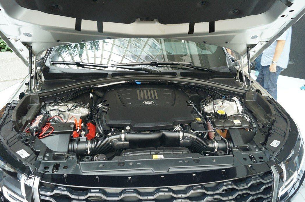 3.0L V6雙轉子機械增壓汽油引擎,380ps、45.8kgm,0-100km...