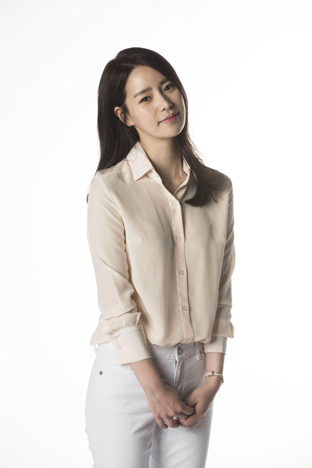 林智妍在「吹吧微風」戲中飾演脫北者。圖/中天提供
