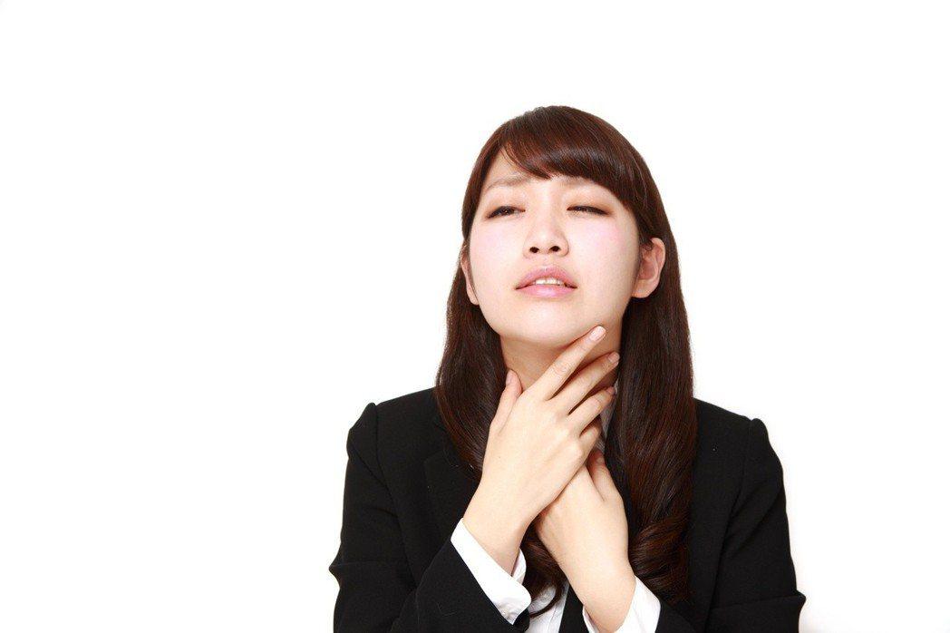 聲音沙啞有時代表罹患疾病。 圖/123RF