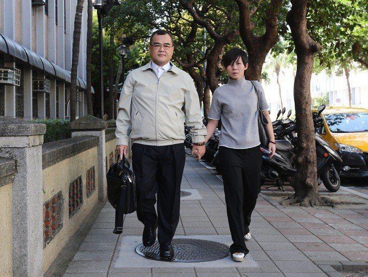 行政院前秘書長林益世(左)與妻子彭愛佳(右)。 圖/聯合報系資料照片