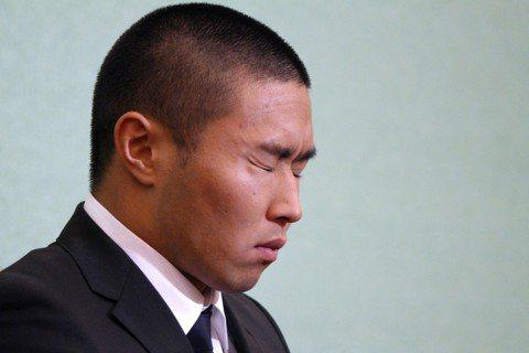 日本大學美式足球在月初爆發惡意擒抱、導致選手受傷事件,在犯規選手宮川泰介公開謝罪...