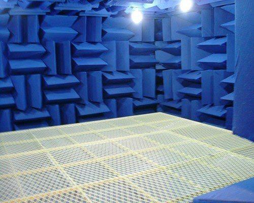 客製化錄音室、家庭劇院、儀器測試空間專用吸音綿。 業者/提供