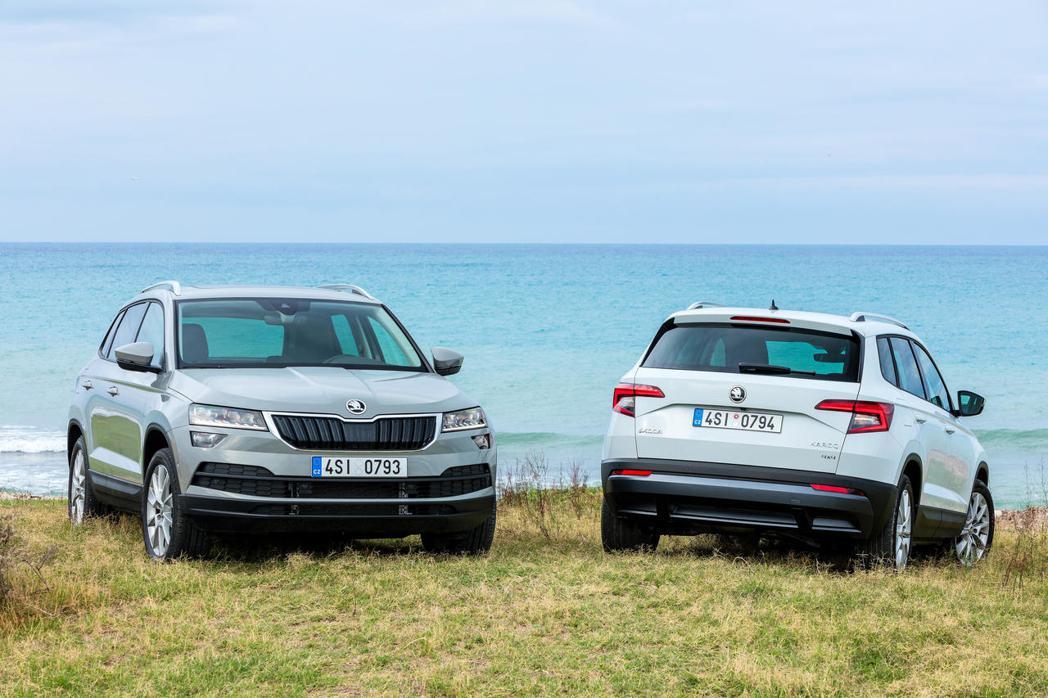 繼阿拉斯加棕熊KODIAQ引發銷售熱潮之後,ŠKODA第二款SUV家族成員KAROQ同樣在SUV市場創下佳績。 圖/SKODA TAIWAN提供