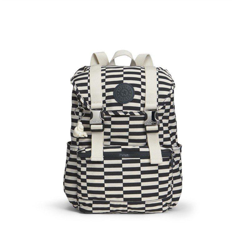 KIPLING Striped Printed系列後背包,約5,650元。圖/台...