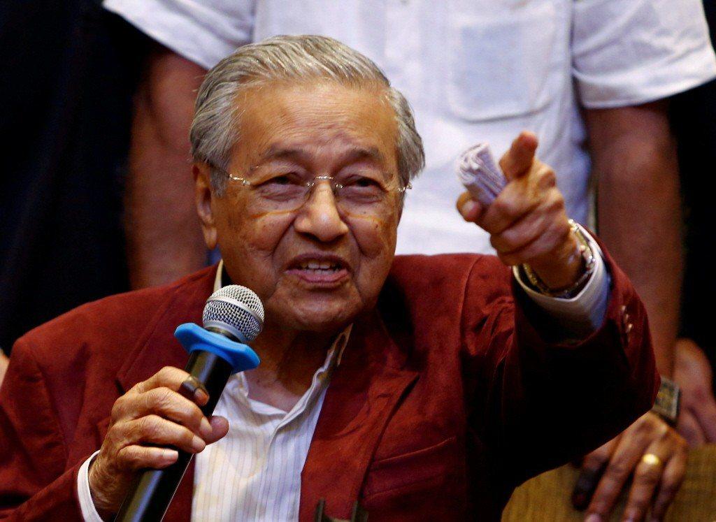 馬來西亞9日大選,由馬哈迪領導的希望聯盟勝選,終結國民陣線60年執政。對此,年才...