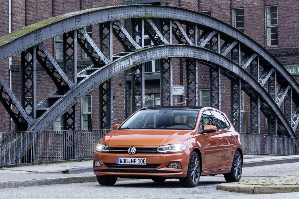 第六代The new Polo搭載1.0升TSI 三缸渦輪增壓引擎,擁有115h...
