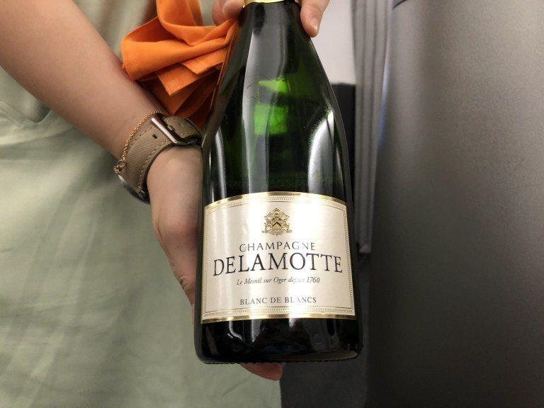 榮獲最佳商務艙氣泡酒金獎的Champagne Delamotte Blanc d...