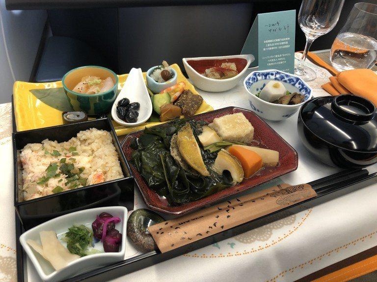 日式餐點(去程):中村懷石料理 圖文來自於:TripPlus