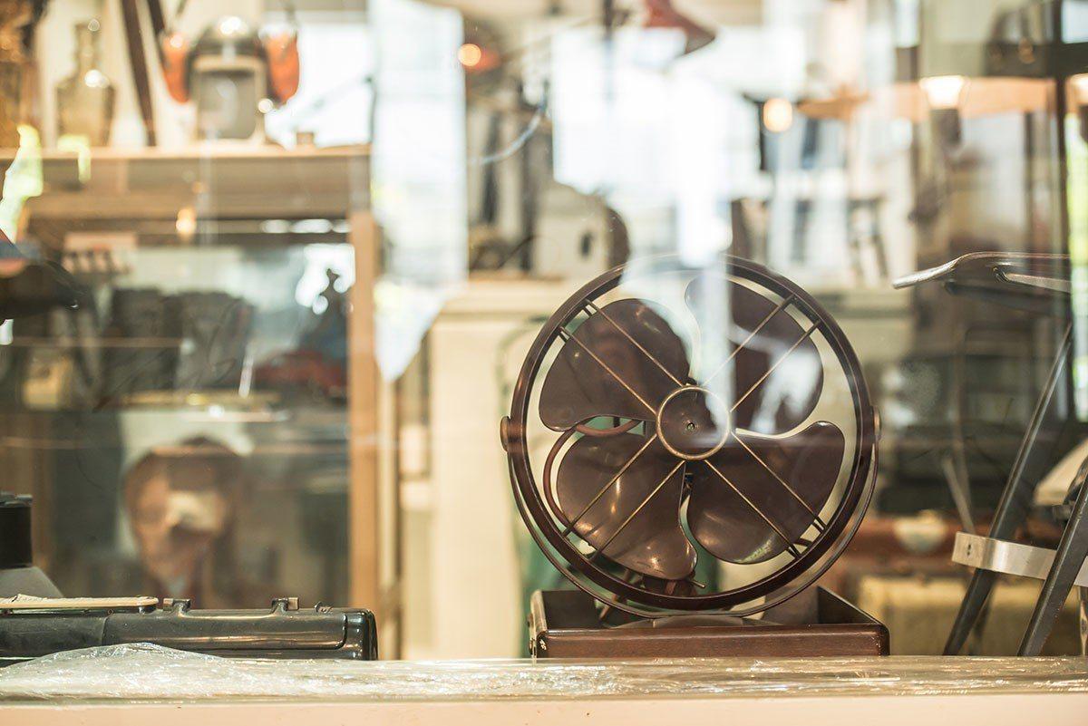 實用性與觀賞性兼具的老電器。
