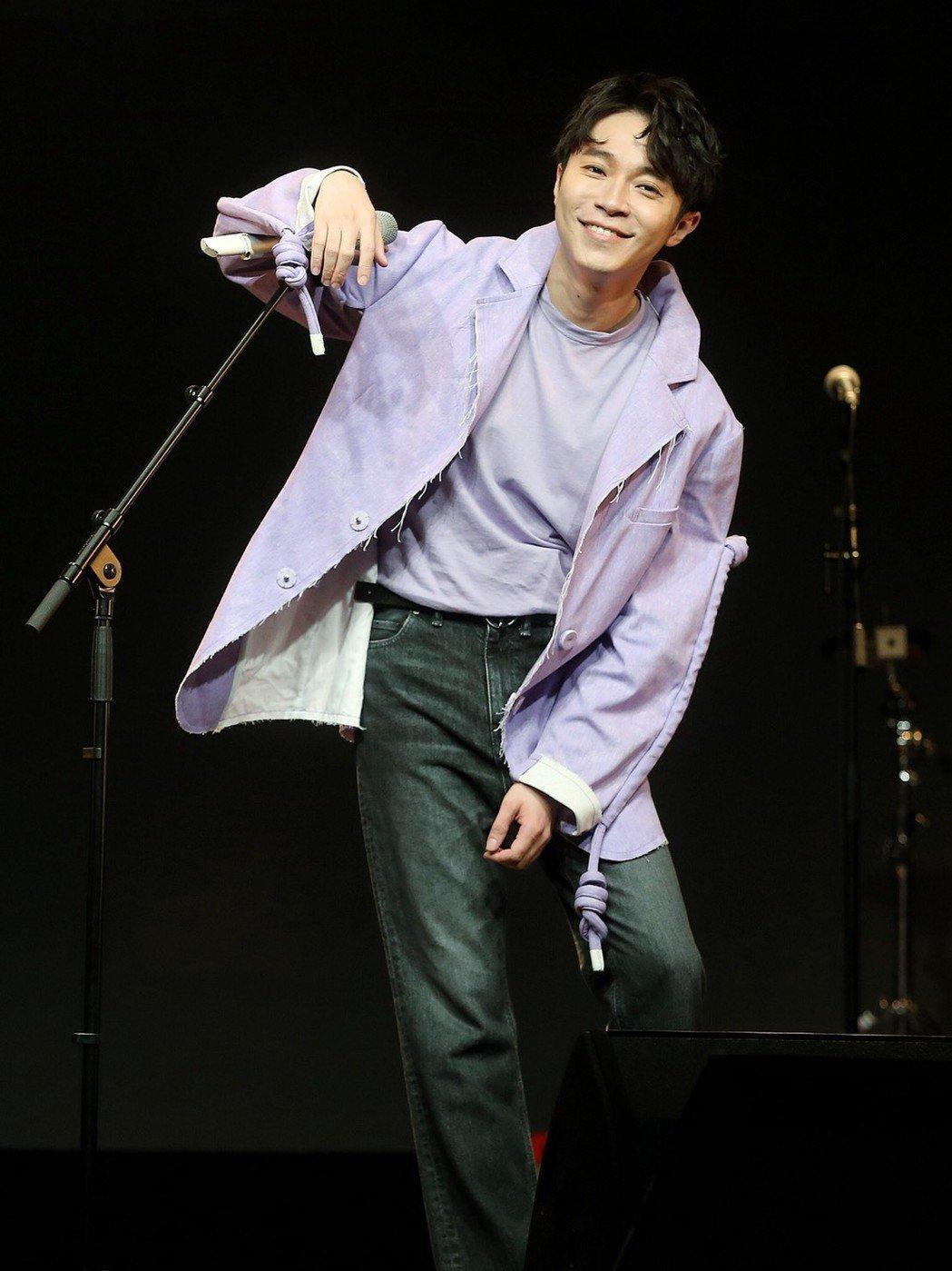 吳青峰本周六將在墾丁春浪音樂節壓軸演出。記者楊萬雲/攝影