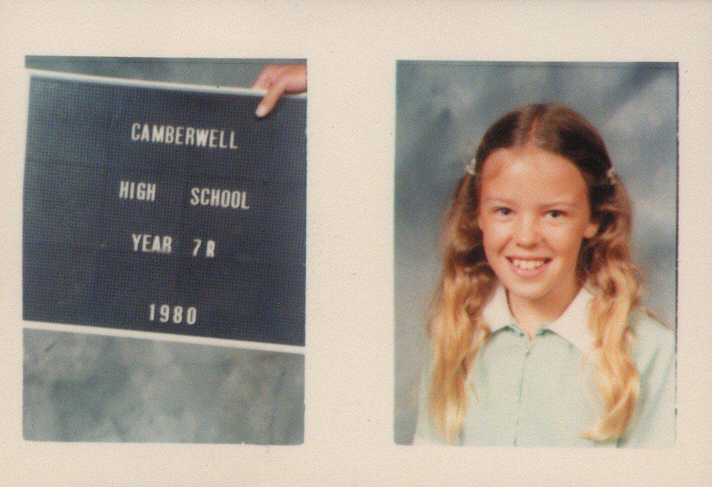 這是凱莉剛要進入中學就讀時的模樣。圖/摘自Instagram