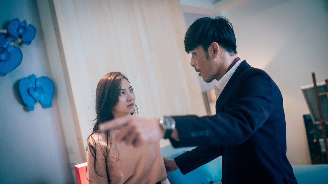 黃騰浩、謝沛恩在劇中有不正常情感。圖/歐銻銻娛樂提供