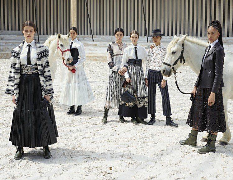 Dior大秀在法國蕾絲工藝與馬術勝地的Chantilly舉行。圖/Dior提供