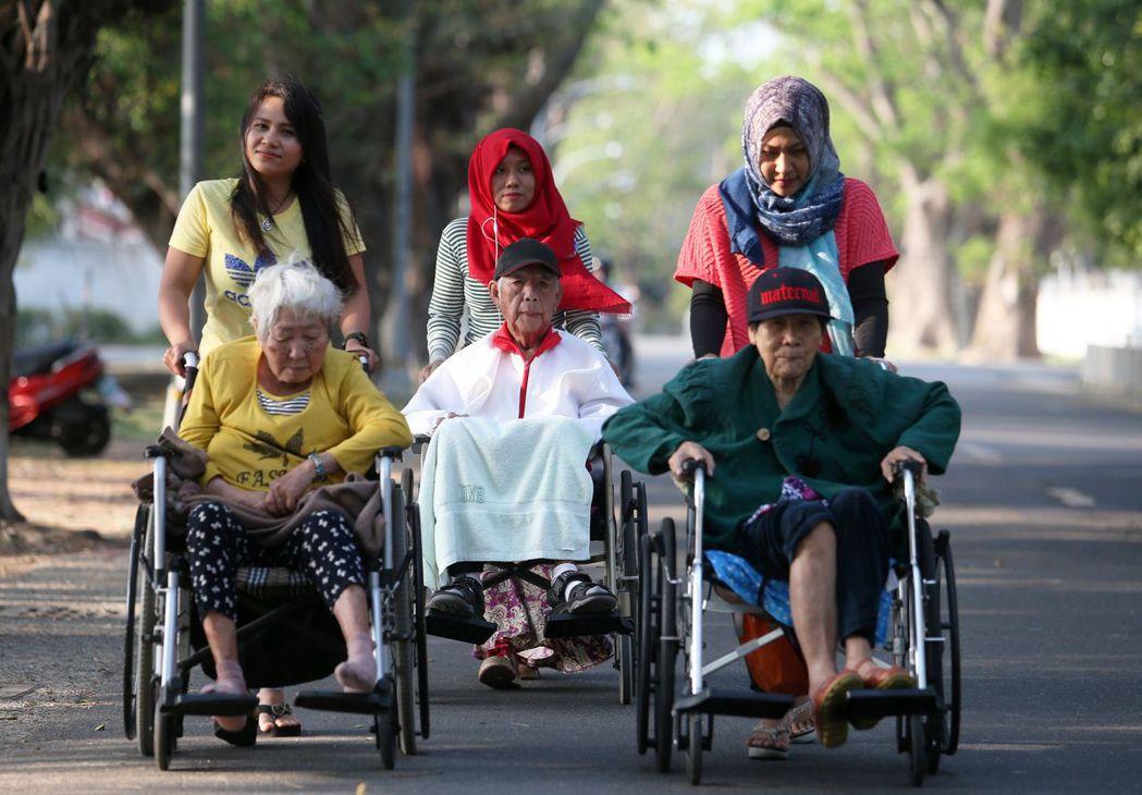 台灣進入高齡社會,伴隨的經濟挑戰也相應到來。 圖/聯合報系資料照片