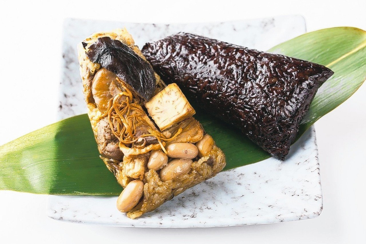 狀元油飯頂級干貝粽 萊爾富/提供