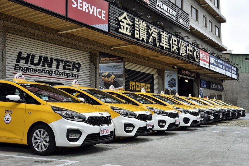 KIA Carens營業用車安全、空間、動力及科技配備一路完勝。 圖/台灣森那美起亞提供