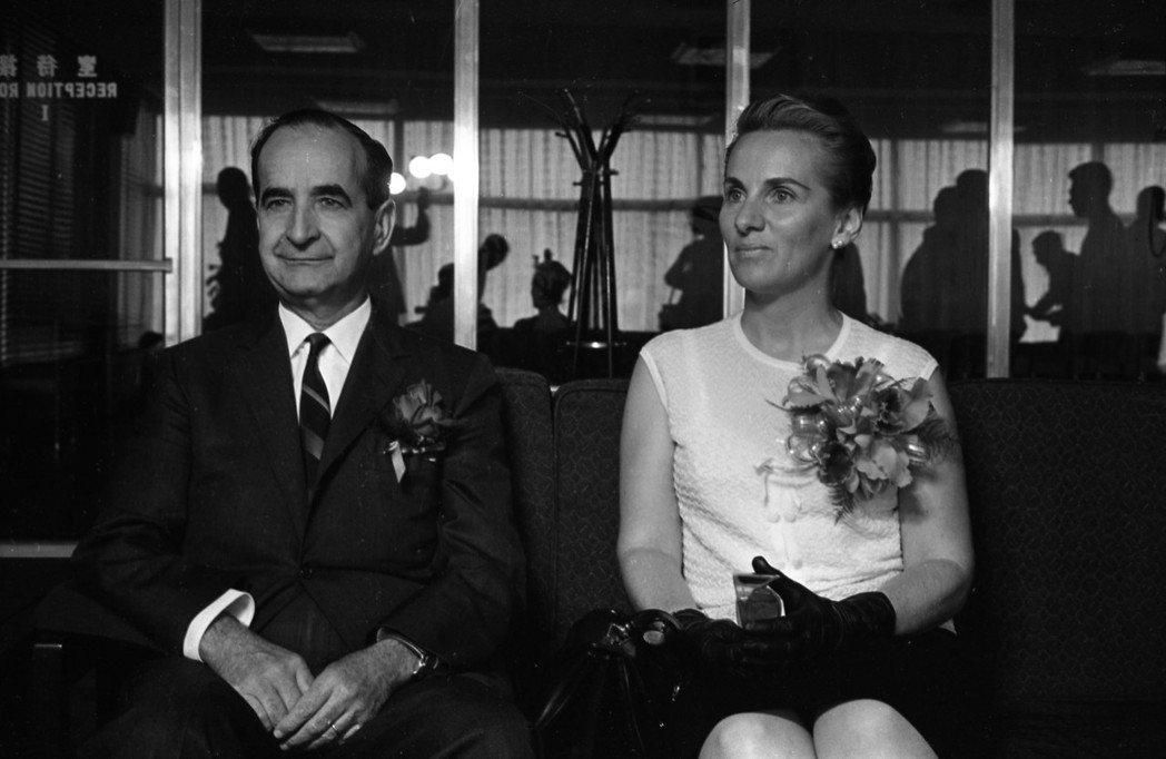 曾在1967年以卸任元首訪台、參加「世界反共聯盟大會」的費雷爾總統夫婦。費雷爾總...