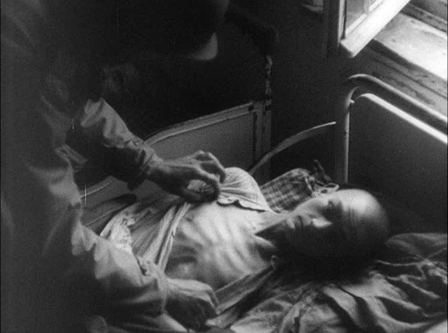 哈達瑪爾的安樂死中心在戰後被美軍佔領,發現院內「T-4行動」(Aktion T4...
