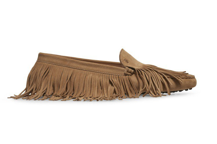 TOD'S Yorky長版流蘇裝飾豆豆鞋,21,400元。圖/迪生提供