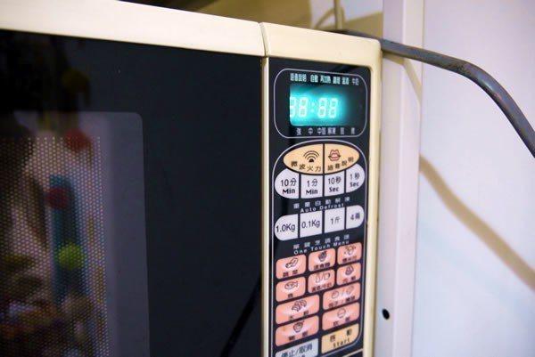 微波爐待機也會耗電。圖取自省錢達人張偉明部落格