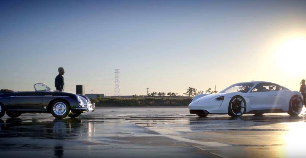 (左)1958 Porsche 356 Speedster (右)Porsche...