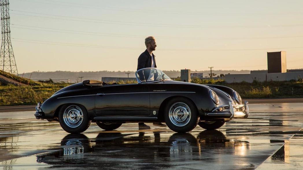Adam Levine與Porsche 356 Speedster。 摘自Porsche