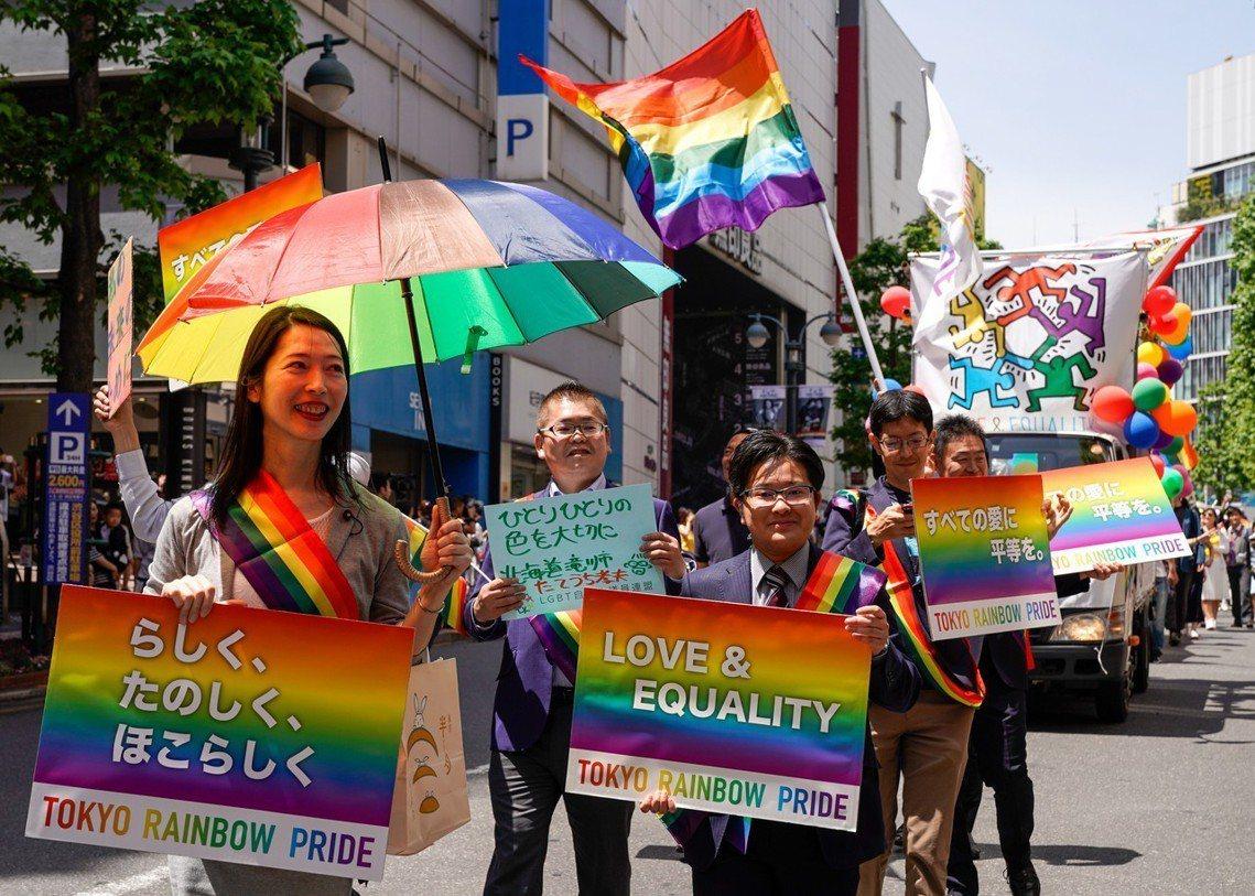對於LGBT議題的風氣,近幾年社會氛圍已有所轉化、逐漸開明進步。圖為2018年5...