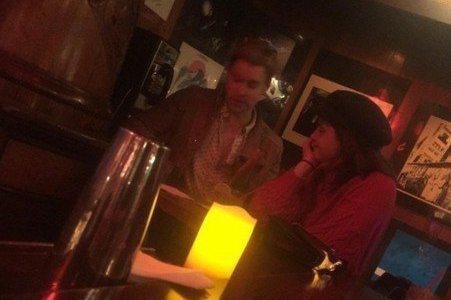 「哈利波特」感情運勢大不同,曾在系列作中演出「奈威」的馬修路易斯,近日在自己的Instagram宣布已與美國女友安琪拉瓊絲結婚,與他同演該系列的「馬份」湯姆費爾頓也不忘第一時間獻上祝賀,要好兄弟永遠...