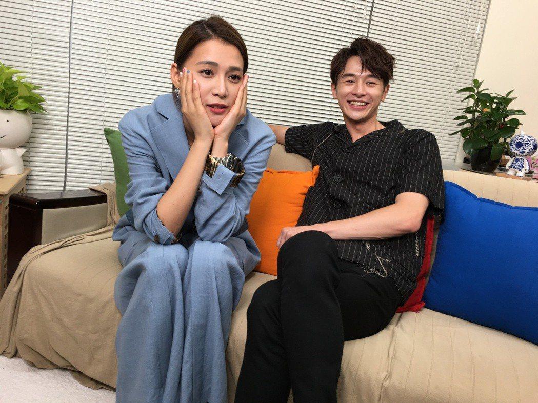張軒睿、王思平演出「噓劇場」之「經常在吃飯的漂亮姐姐」。記者袁子梁/攝影