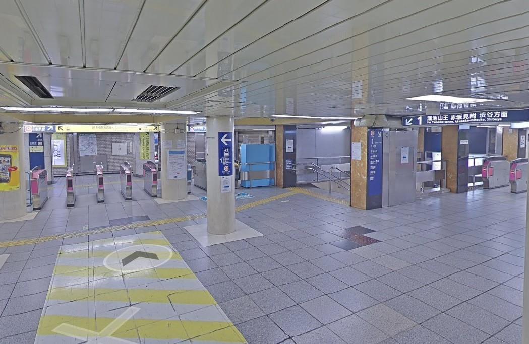 東京地鐵新橋站站內實景,遊客可模擬出站、轉乘路線。 圖擷自Google Map