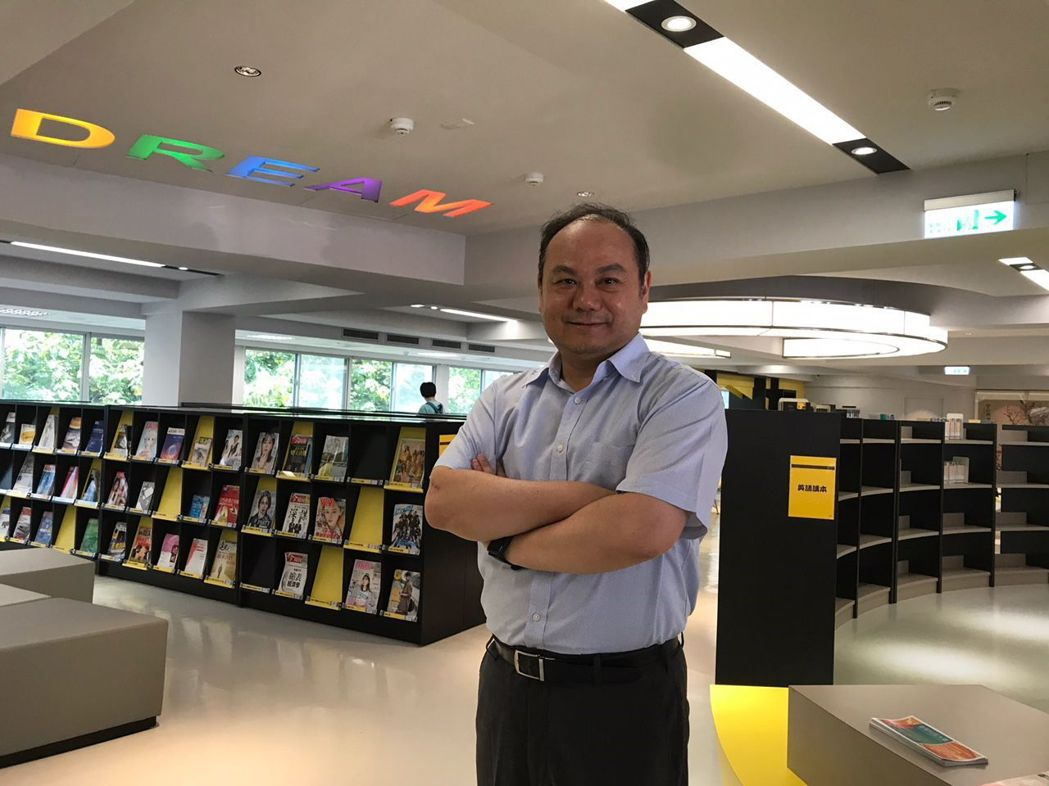 順應AI智慧及物聯網的快速發展,龍華科大校長葛自祥帶領團隊打造先進的智慧校園與智...