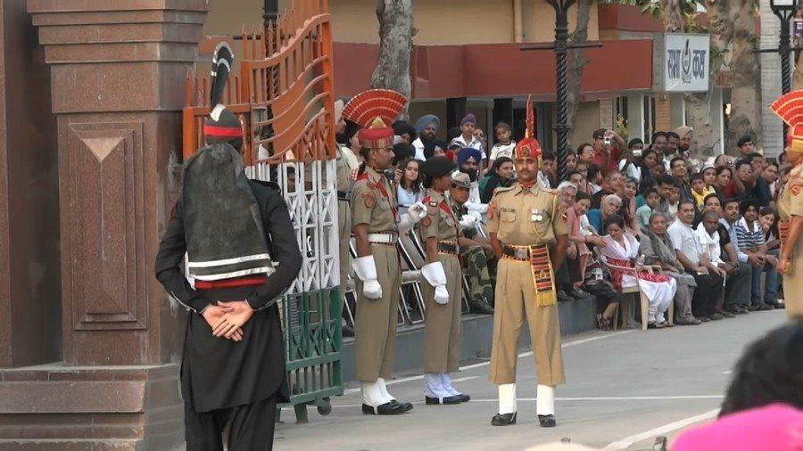印度與巴基斯坦軍共同表示願意停戰,共同保護兩國人民安全。(photo credi...